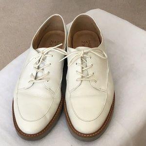 Naturalizer White Oxfords